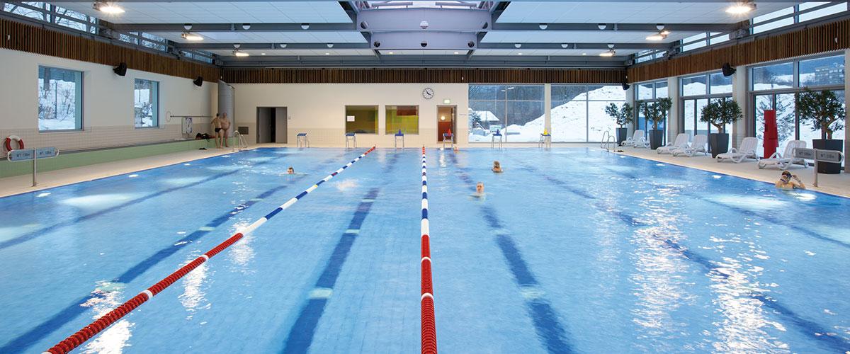 Sportbecken im Bad Innenbereich